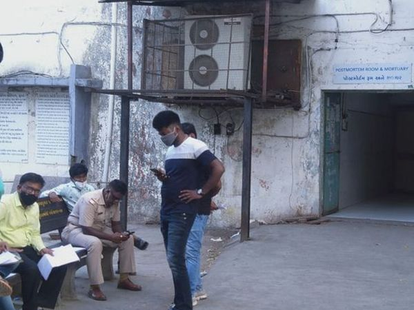 પોલીસે હત્યાના આરોપીને પતિને ઝડપી લઈ વધુ તપાસ હાથ ધરી છે.(ફાઈલ તસવીર) - Divya Bhaskar