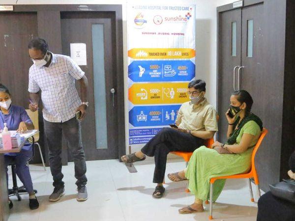 વિદેશ જવા ઈચ્છતા વિદ્યાર્થીઓને આજથી કોવિશિલ્ડ અપાશે - Divya Bhaskar