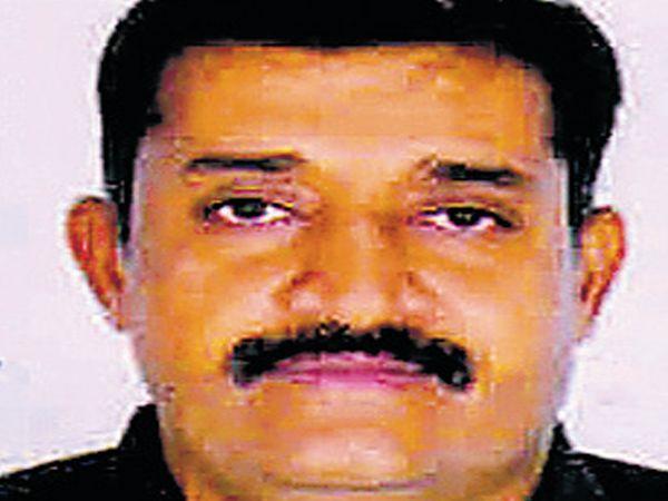 ધીરૂભાઈ ધામેલીયા, ચેરમેન સ્ટેન્ડીંગ - Divya Bhaskar