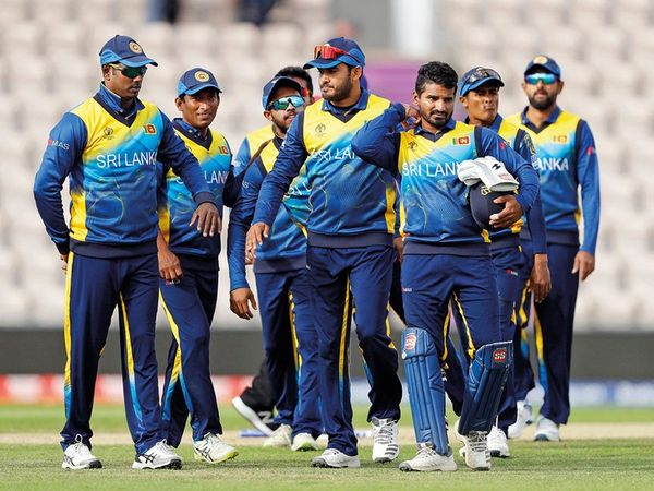 શ્રીલંકાની ટીમના ખેલાડીઓની ફાઈલ તસવીર - Divya Bhaskar