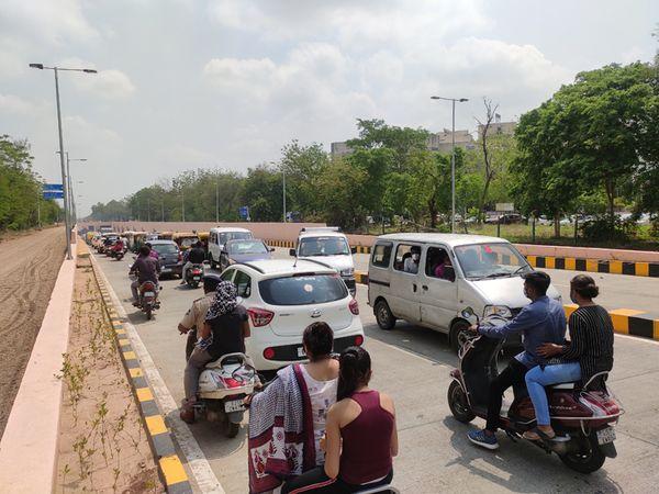 અણઘડ આયોજનથી રહીશો ઘ-3ના અંડરપાસમાં ફસાયા - Divya Bhaskar