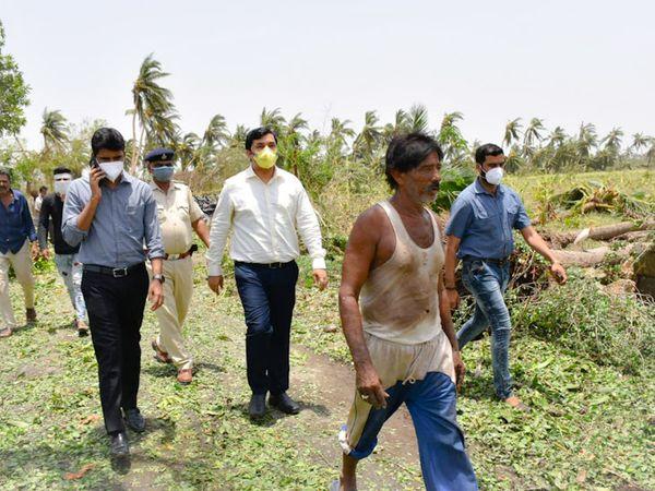 ખેતીને થયેલ નુકસાનનો તાગ મેળવવા પહોંચેલ જીલ્લા કલેકટર - Divya Bhaskar