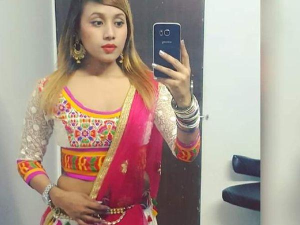 છેલ્લા બે દિવસથી દરવાજો ન ખુલતા સ્થાનિકોએ પોલીસને જાણ કરતા યુવતીનો મૃતદેહ મળ્યો હતો. - Divya Bhaskar