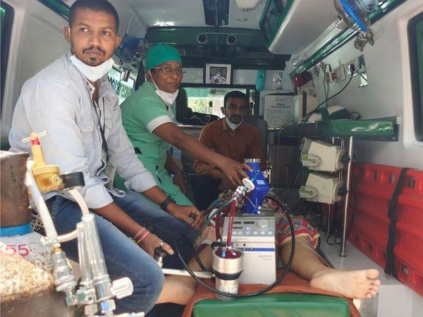 દર્દીને હેમખેમ વલસાડથી સુરત ખસેડવામાં આવ્યો હતો. - Divya Bhaskar