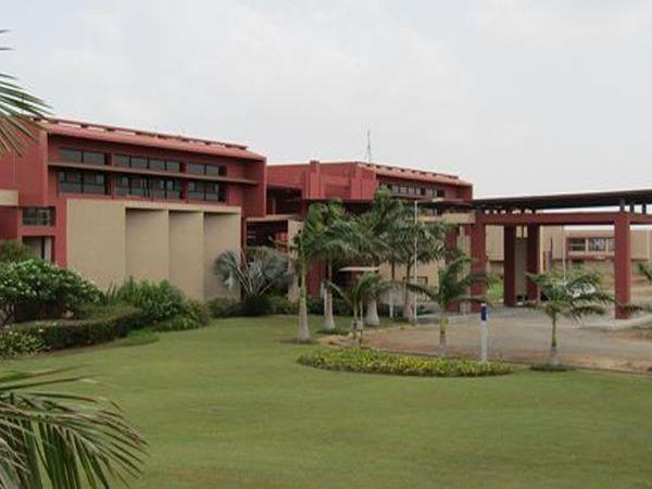 UPL યુનિવર્સિટીની તસવીર - Divya Bhaskar