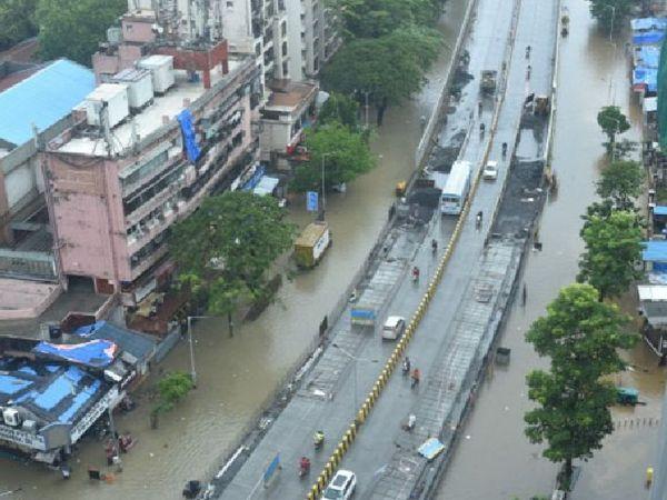 મુંબઈના નીચાણવાળા વિસ્તારમાં પાણી ભરાયા