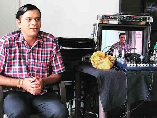 તન્મય વેકરિયાએ 2017માં ગુજરાતી ફિલ્મ 'સમયચક્રઃ દ ટાઇમ સ્લોટ'માં કામ કર્યું હતું