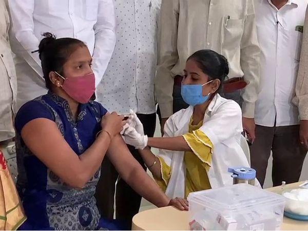 આજે બપોર સુધી 2264 લોકો રસી મુકાવી.