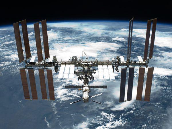 फिल्म की शूटिंग इंटरनेशनल स्पेस स्टेशन पर होगी