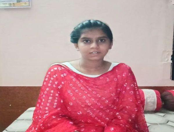 9वीं की छात्रा सौन्दर्या गौड