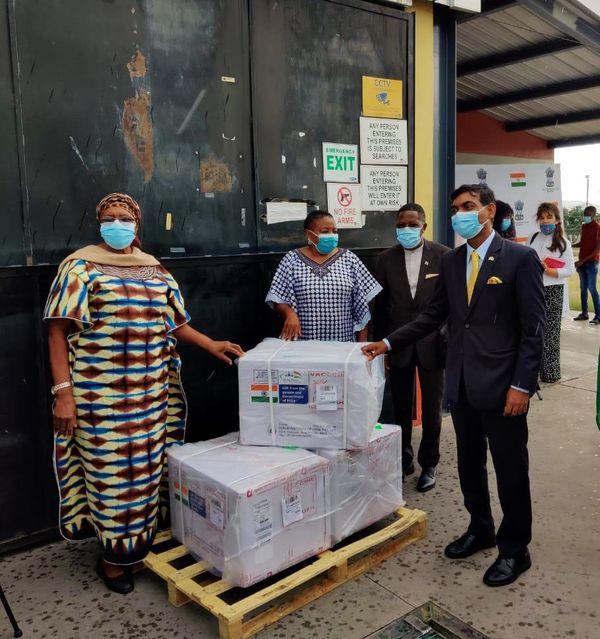 भारत की ओर से स्वदेशी वैक्सीन के डोज नामीबिया भेजे गए थे।
