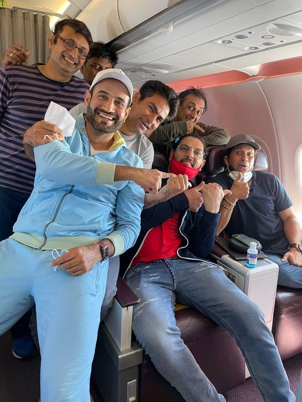 इंडिया लीजेंड्स में सचिन के अलावा युवराज सिंह और मोहम्मद कैफ जैसे बड़े खिलाड़ी भी खेले थे।