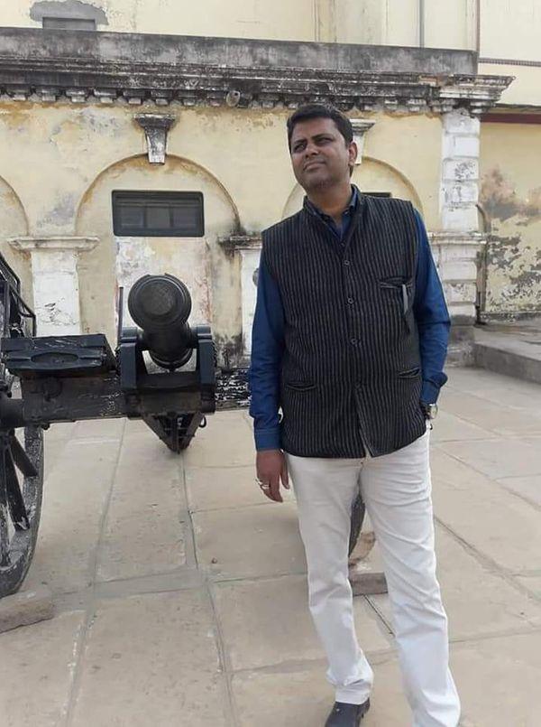 प्रोफेसर डॉ. अशोक श्रीवास्तव