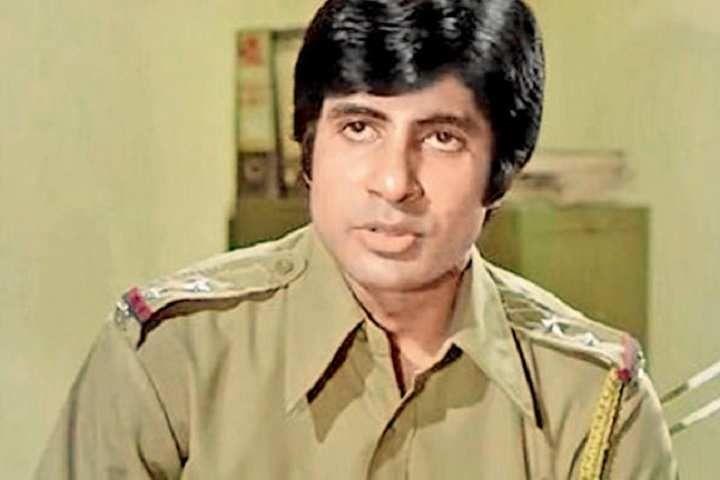 'जंजीर' के एक सीन में अमिताभ बच्चन।