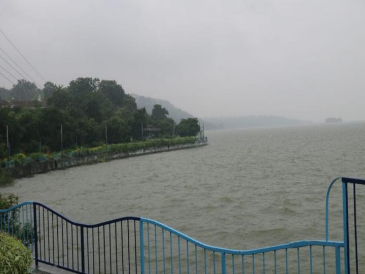 भोपाल में इस साल रिकॉर्ड बारिश दर्ज की गई है। - Dainik Bhaskar