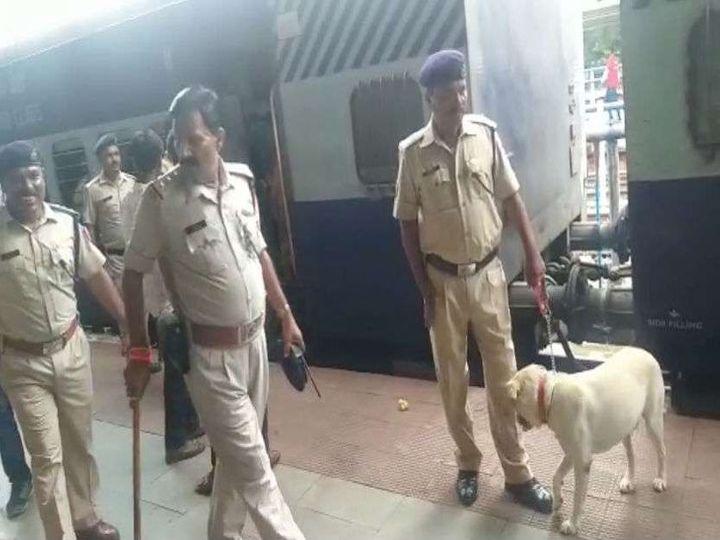 भोपाल में पुलिस अलर्ट पर रखी गई है। - Dainik Bhaskar