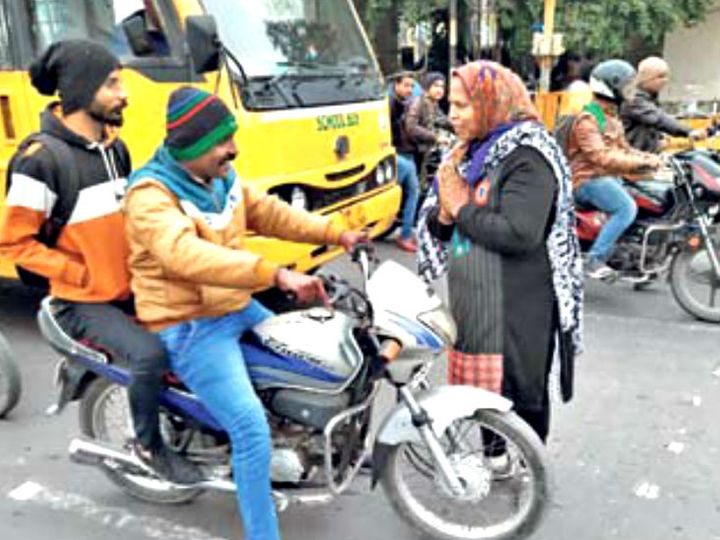 वृंदा को यूएसए की ट्रैफिक व्यवस्था ने बहुत प्रभावित किया। - Dainik Bhaskar