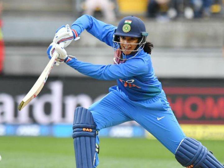 भारतीय बल्लेबाज स्मृति मंधाना 732 पॉइंट के साथ चौथे नंबर पर काबिज हैं। - Dainik Bhaskar