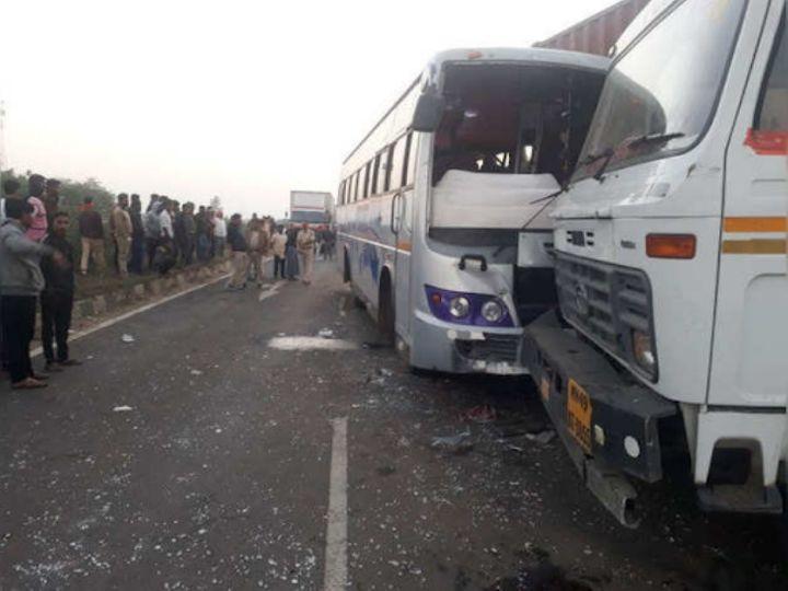 मरने वाले और घायल यात्री बस के अगले हिस्से में बैठे थे। - Dainik Bhaskar