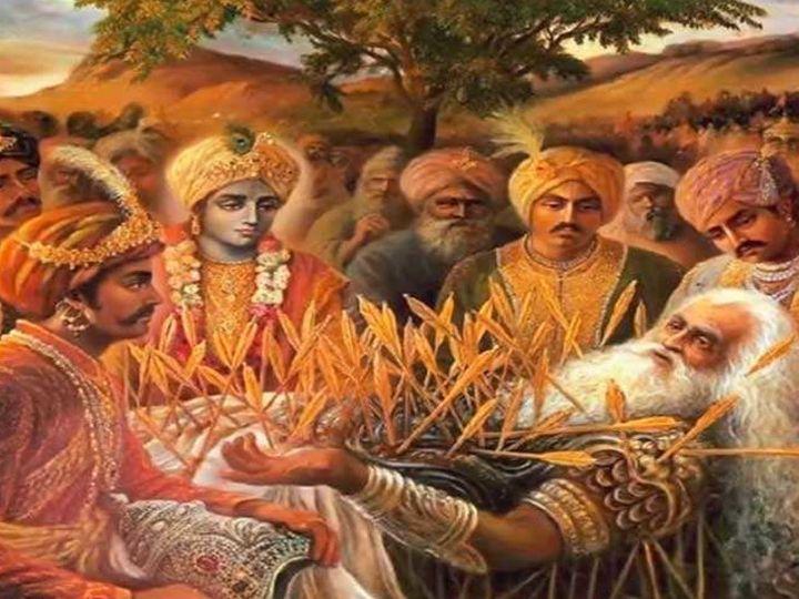 Draupadi And Bhishma Pitamah Story Mahabharata Katha In Hindi Life Management Tips From Mahabharata द र पद न भ ष म प त मह स प छ क जब म र च र हरण ह रह थ तब आप च प