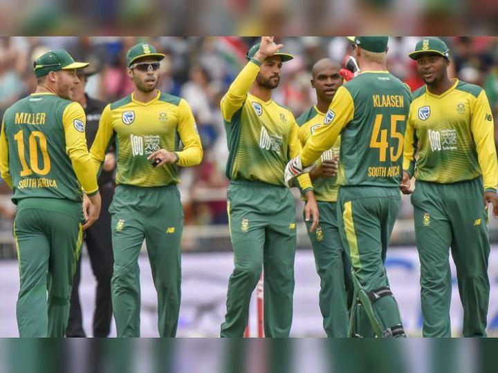 Lucknow Coronavirus, South Africa, South Africa Team, Kanika Kapoor, Coronavirus News; South Africa Cricket Player In Same Hotel Where Kanika Kapoor Coronavirus (COVID-19) Positive Test | कोरोना पॉजिटिव होने से पहले सिंगर