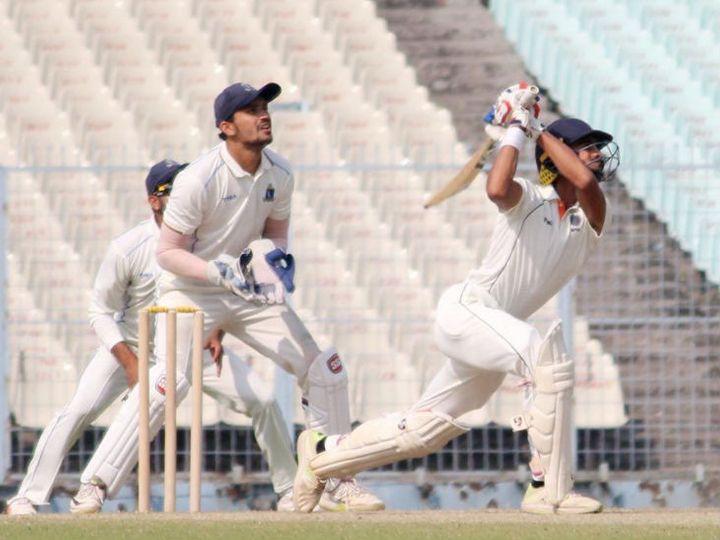 क्रिकेट की प्रैक्टिस के दौरान मैदान को 4 भागों में बांटकर अलग-अलग समूहों में ट्रेनिंग करनी होगी। समूह के खिलाड़ियों की अदला-बदली नहीं होगी। ज्यादातर 12 खिलाड़ी ही मैदान में ट्रेनिंग कर सकेंगे। -फाइल फोटो - Dainik Bhaskar