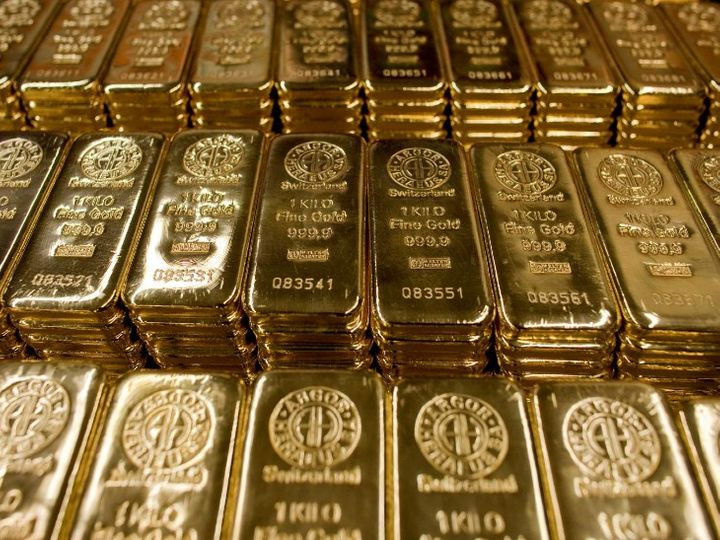 एक्सिस सिक्योरिटीज ने अपने ग्राहकों को सलाह दी है कि वे जून गोल्ड 46,700 रुपए पर बेच सकते - Dainik Bhaskar