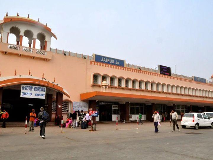 राजस्थान में रेलवे 48 ट्रेनें शुरू करने की तैयारी कर रहा है। इनमें से 32 ट्रेनें जयपुर से होकर गुरजेंगी। हालांकि, यह कब से शुरू होगी इसकी डेट अभी तय  नहींं हुई है। - Dainik Bhaskar