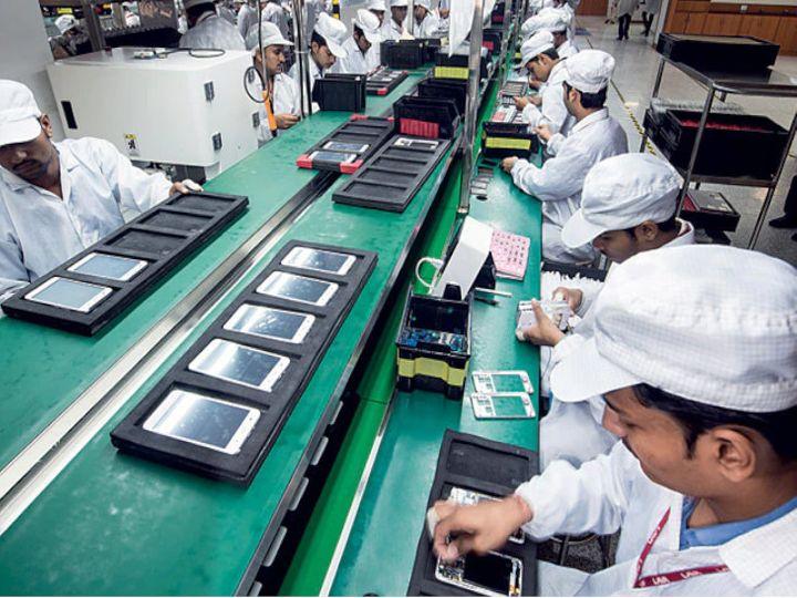 भारतीय कंपनी लावा की अगले पांच साल में मोबाइल मैन्युफैक्चरिंग पर 800 करोड़ रुपए के निवेश की योजना है। - Dainik Bhaskar