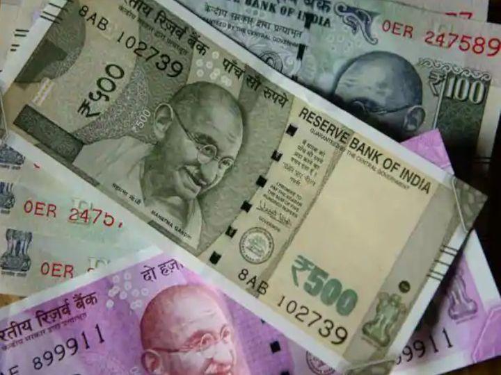 मार्केट कैप के लिहाज रिलायंस इंडस्ट्रीज अभी भी टॉप कंपनी बनी हुई है। - Money Bhaskar