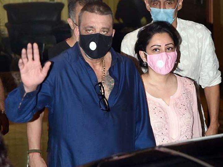 संजय दत्त को 8 अगस्त को सांस लेने में तकलीफ होने के बाद अस्पताल में भर्ती किया गया था। वहां से दो दिन बाद छुट्टी मिलने के बाद उन्होंने ट्रीटमेंट के लिए काम से ब्रेक लेने की जानकारी दी थी। - Dainik Bhaskar