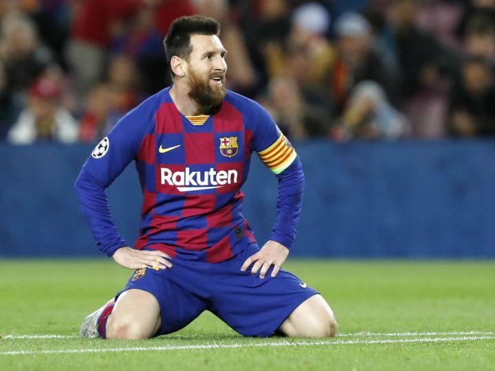 Lionel Messi Corona Test and miss Barcelona Club Training La Liga on Messi Contract News Updates | मेसी टीम के ट्रेनिंग ग्राउंड नहीं पहुंचे, ला लिगा ने कहा- बार्सिलोना के साथ कॉन्ट्रैक्ट बरकरार, यदि मेसी इसे तोड़ते हैं, तो 609 करोड़ रु. चुकाने होंगे