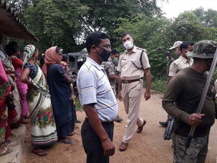Woman Hair Cut By Jharkhand Villagers In Simdega | डायन का आरोप लगा महिला के बाल काटे, अर्धनग्न कर गांव में घुमाया; 9 आरोपी गिरफ्तार