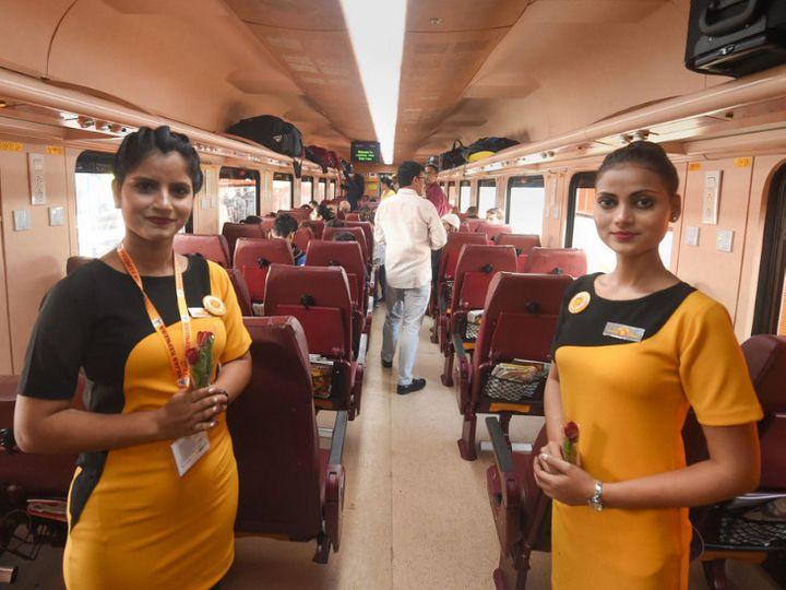 देश की पहली कॉरपोरेट ट्रेन के रूप में मशहूर तेजस एक्सप्रेस का संचालन आईआरसीटीसी करती है। - Dainik Bhaskar