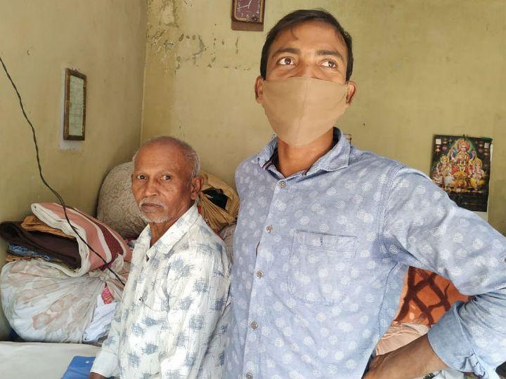 बिहार के सिवान जिले का हरी लाल परिवार सहित 30 साल से जम्मू में हैं। यहां वो ड्राई क्लीन और कपड़े इस्त्री करने का काम करते हैं। - Dainik Bhaskar