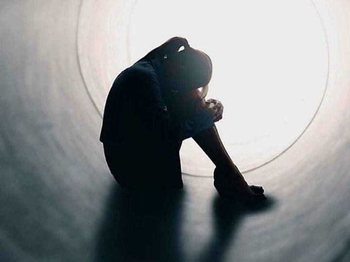 आत्महत्या का प्रयास: सोशल मीडिया पर लाइव होकर स्कूल में गेस्ट टीचर ने की खुदकुशी की कोशिश 3
