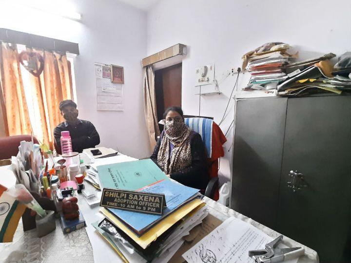 लखनऊ के मोती नगर इलाके में स्थित बाल शिशु केंद्र एडॉप्शन सेंटर। यहां कोरोना के चलते मार्च के बाद से अब तक एडॉप्शन रेट घट गया है। - Dainik Bhaskar