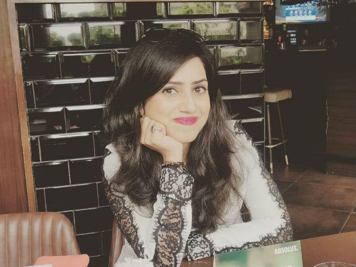 अंकिता तोलानी 28 साल की हैं। दिल्ली की एक प्राइवेट कंपनी में जाॅब करती हैं। अंकिता 2016 से शेयर मार्केट में पैसे लगा रही हैं। - Dainik Bhaskar