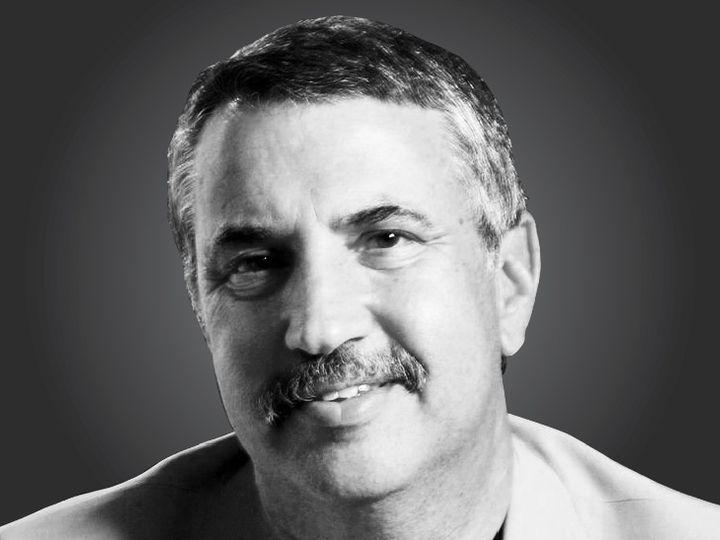 थाॅमस एल. फ्रीडमैन, तीन बार पुलित्ज़र अवॉर्ड विजेता एवं 'द न्यूयॉर्क टाइम्स' में नियमित स्तंभकार। - Dainik Bhaskar