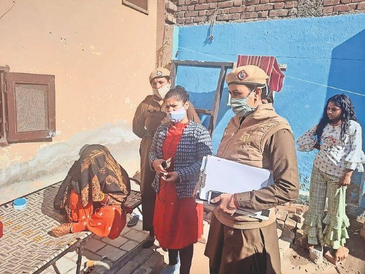 पानीपत. शादी रुकवाने के लिए पहुंची टीम। - Dainik Bhaskar