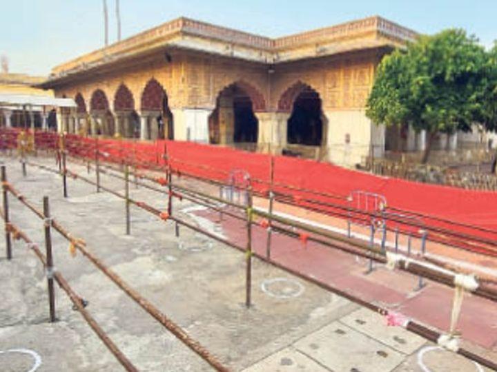 जलेबी चाैक से आने वाले भक्त मुख्य प्रवेश द्वार से करेंगे मंदिर में एंट्री - Dainik Bhaskar