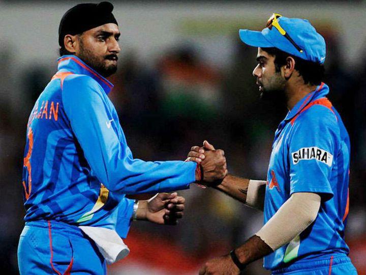 हरभजन सिंह ने कहा- विराट कोहली एक लीडर है, जो सामने से टीम को लीड करते हुए युवाओं के लिए उदाहरण पेश करता है। वह टीम के लिए मैच जीतता है। -फाइल फोटो - Dainik Bhaskar