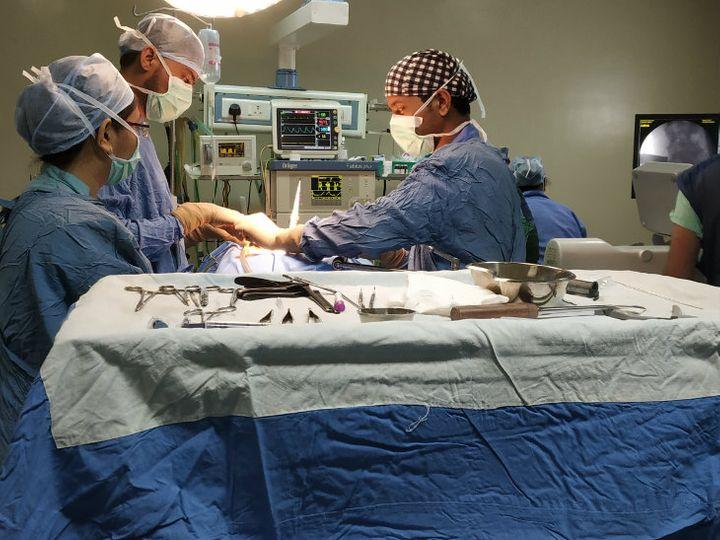 औरंगाबाद की महिला कमरदर्द का इलाज कराने हॉस्पिटल आई थी। वहां उसे अलग तरह की समस्या का पता चला। - Dainik Bhaskar