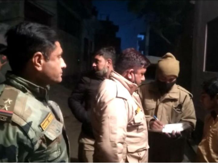 A young man who arrived in Aligarh to meet a married girlfriend was beaten to death by the bat;  Husband was lost after seeing his lover with his wife Funny Jokes