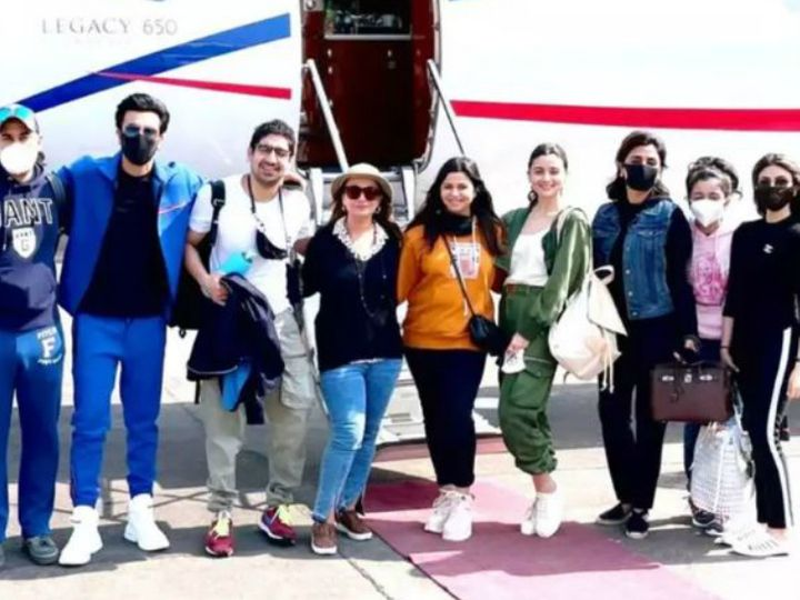 Ranbir and Alia's 3-day Ranthambore trip ends, celebrating New Year and return with family Funny Jokes