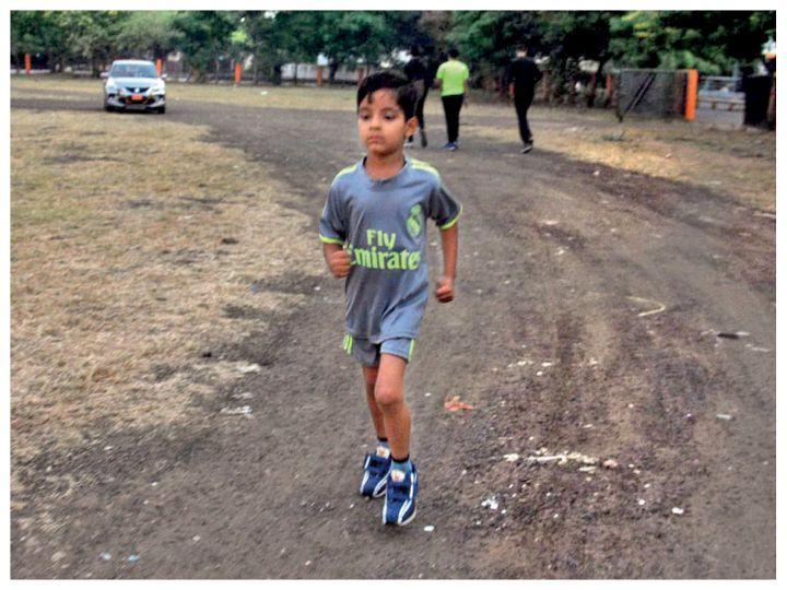 वरेण्यम शर्मा ने 53 घंटे 14 मिनट 44 सेकंड में 251.03 किमी की दूरी दौड़कर तय की है। - Dainik Bhaskar