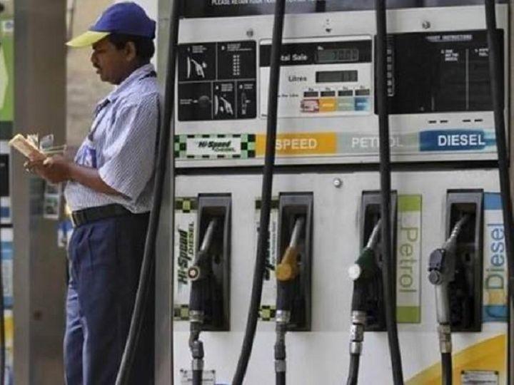 डीजल की कीमत 29 पैसे और पेट्रोल की कीमत 24 पैसे तक बढ़ी हैं - Dainik Bhaskar
