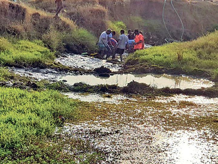 एसआईटी 1.5 घंटे नदी-नाले में तलाशती रही सिर। - Dainik Bhaskar