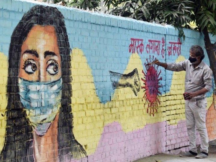 गुजरात में बिना मास्क पकड़े जाने पर 1 हजार रुपए का जुर्माना भरना होता है। - Dainik Bhaskar