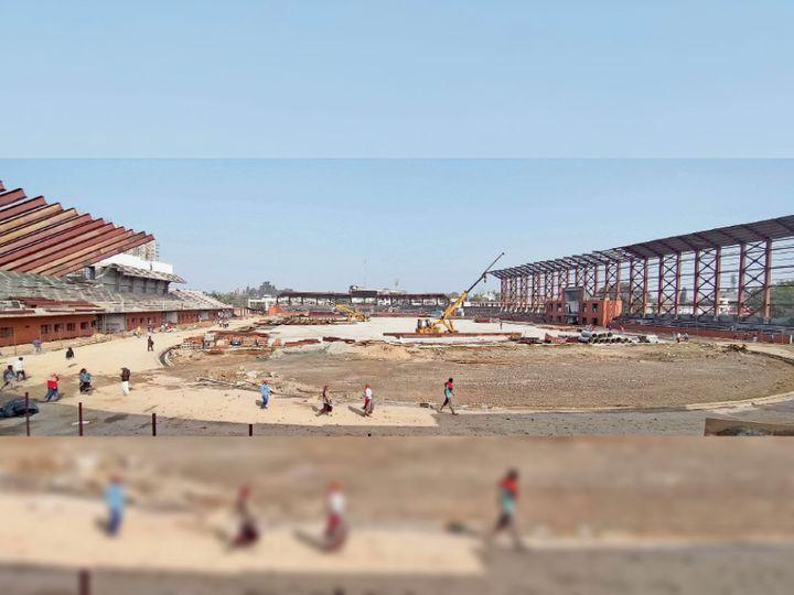 अम्बाला कैंट में निर्माणाधीन फुटबाॅल स्टेडियम। - Dainik Bhaskar